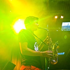John & Mr. Smith Studentenfeest Gala DJ Sax Saxofonist Saxofoon Boeken