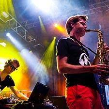 DJ Sax Saxofonist John & Mr. Smith Gala Studentenfeest Boeken