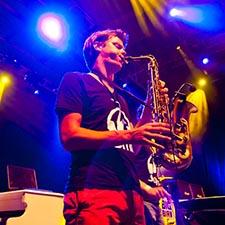 Dj Saxofonist John & Mr. Smith Bruiloft DJ Sax Bedrijfsfeest Saxofonist Gala